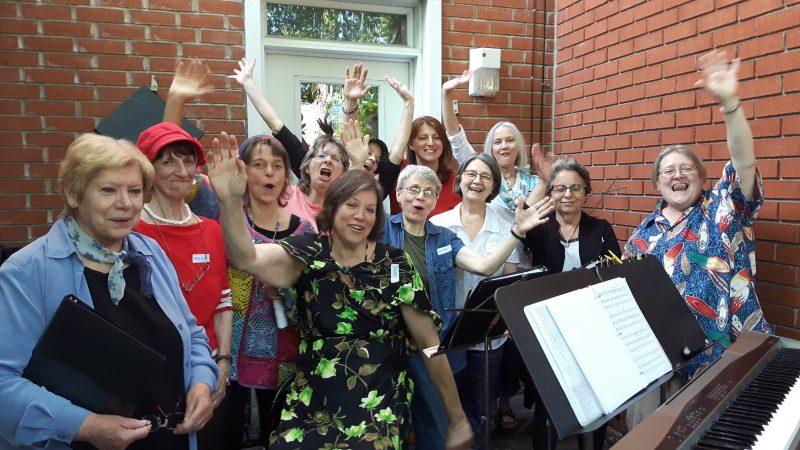 image de femmes de la chorale L'Échochante